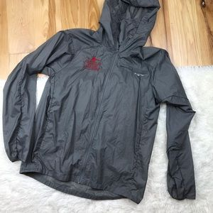 Patagonia Light Weight Packable Running Jacket